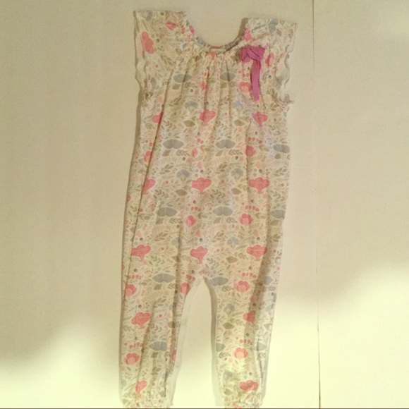 86dae1a62fd2 feather baby One Pieces